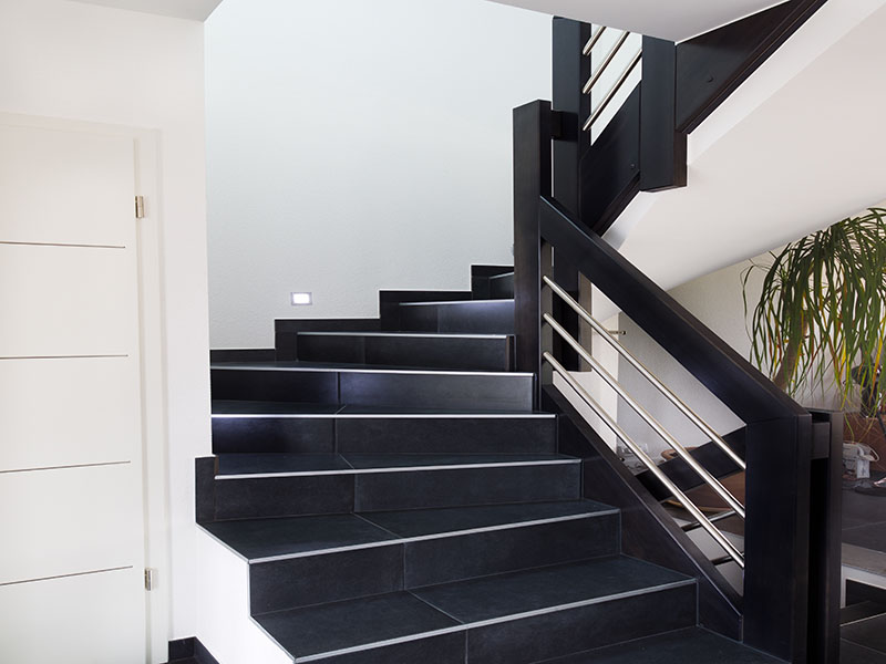 relooker un escalier en marbre soci t ma tre d oeuvre bordeaux for peindre un escalier en. Black Bedroom Furniture Sets. Home Design Ideas